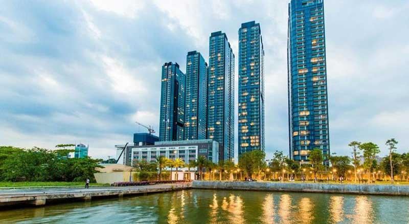 Cho thuê gấp căn hộ Vinhomes Golden River nội thất đầy đủ 2 phòng ngủ